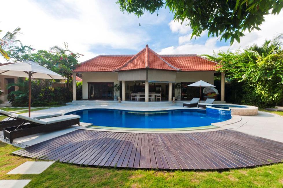 Amazing Villa Mango Seminyak (15)
