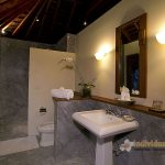 Des-Indes-I-Bathroom-opulent-at-Pavilion-4