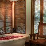 Des-Indes-I-Pavilion-1-bathtub_1