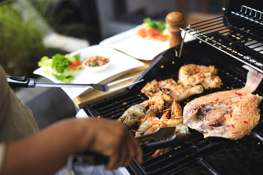 Villa-Baganding-Superb-seafood-barbeque