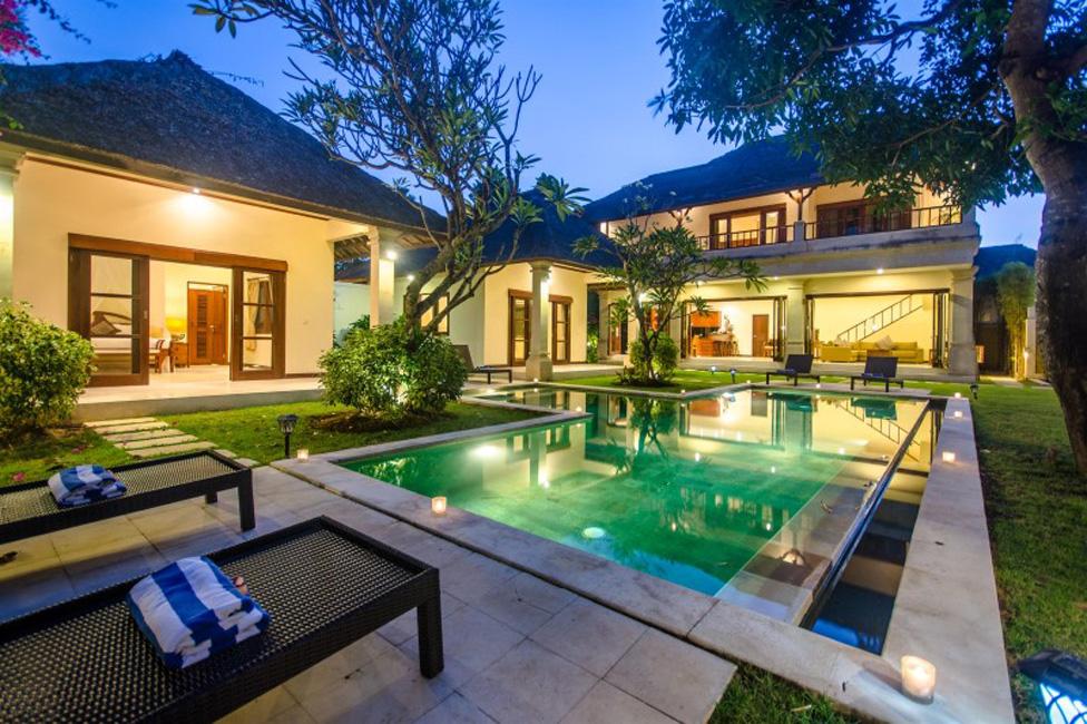 Villa Cemara Seminyak Bali (1)