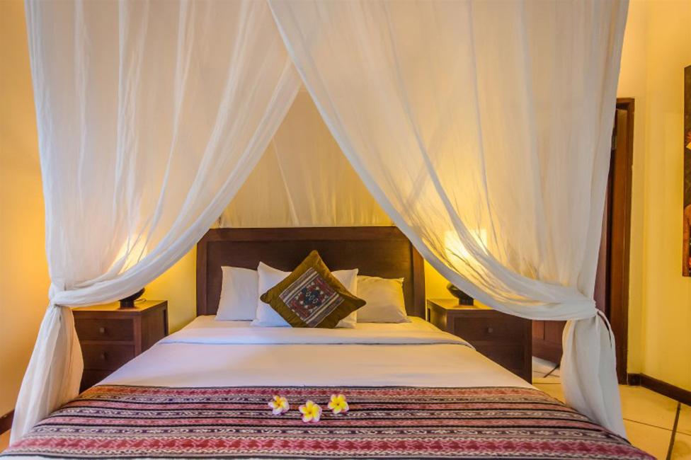 Villa Cemara Seminyak Bali (22)