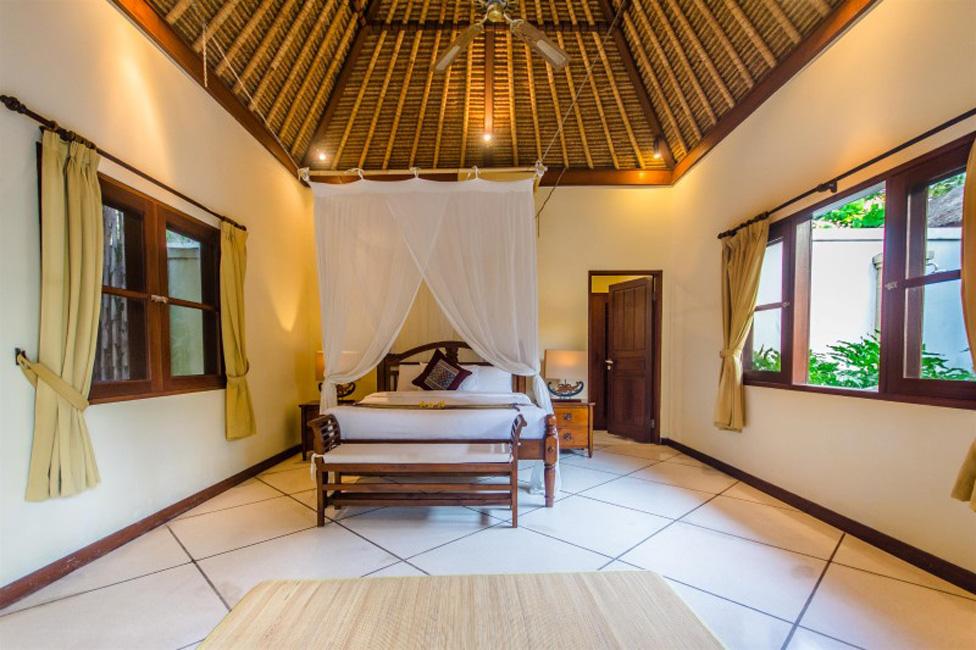 Villa Cemara Seminyak Bali (28)