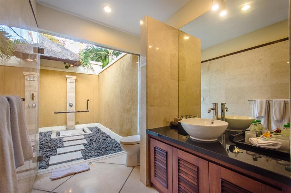 Villa Cemara Seminyak Bali (32)