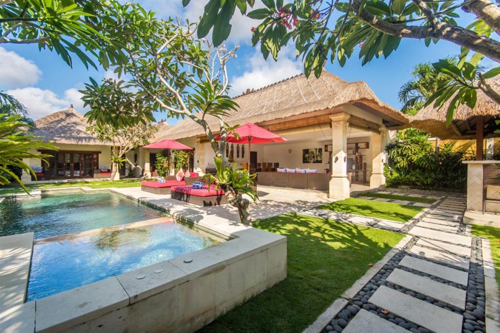 Villa Jaclan Seminyak Bali (1)