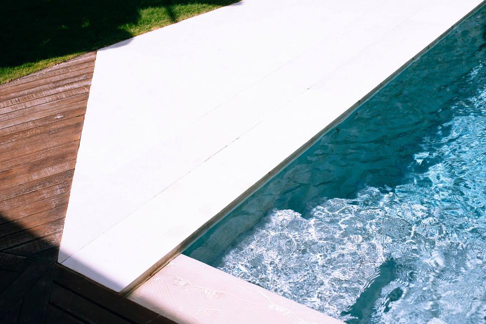 Villa Kayajiwa Crystal pool water