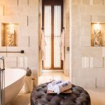 Villa Kayajiwa Master bathtub