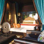 Villa Kayajiwa Master bedroom four poster