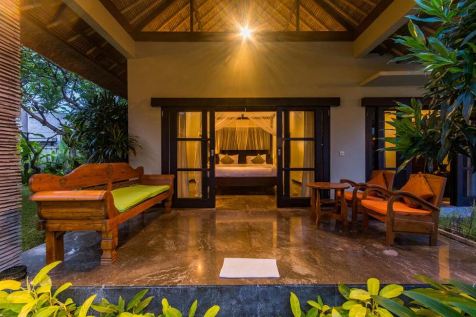 Villa Mahkota Seminyak Bali (24)