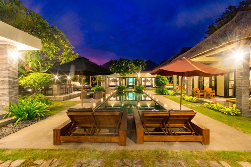 Villa Mahkota Seminyak Bali (47)