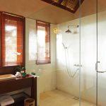 14___master_bathroom_1