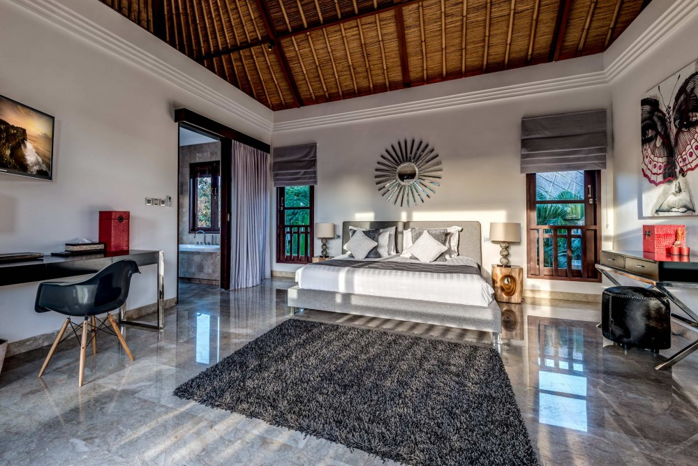 villa-nilaya-the-residence-seminyak-bedroom-1