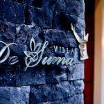 villa-desuma-entrance-signage