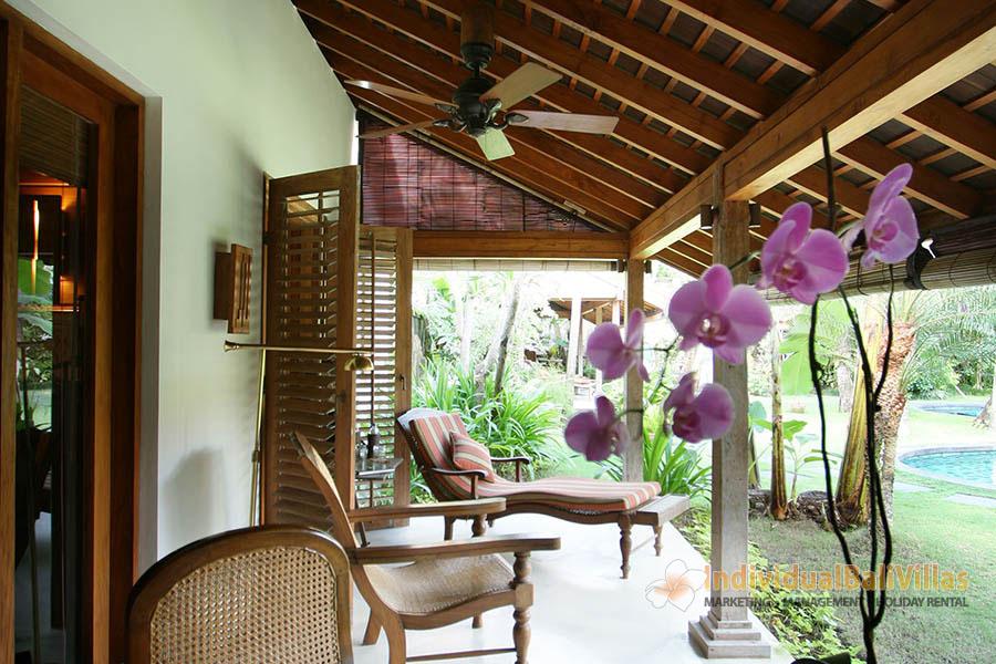Des-Indes-I-Pavilion-1-relaxing-terrace