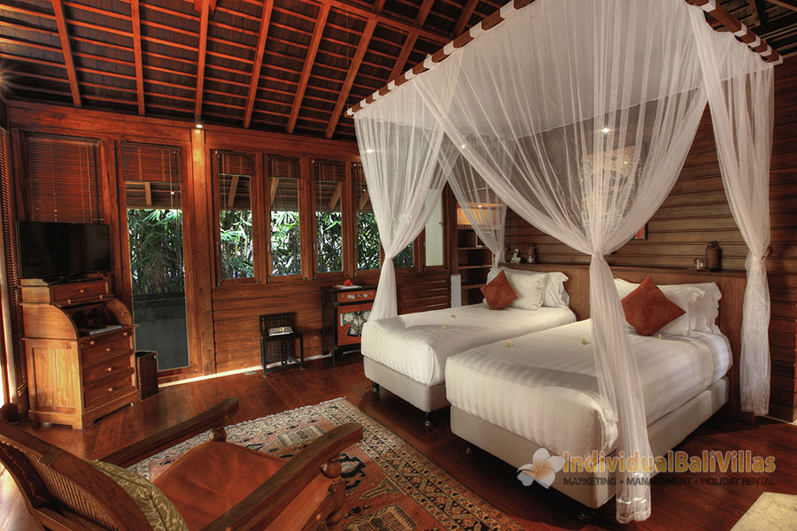 Des-Indes-I-Twin-rooms-magical-ambience