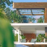 Noku Beach House Picturesque villa design