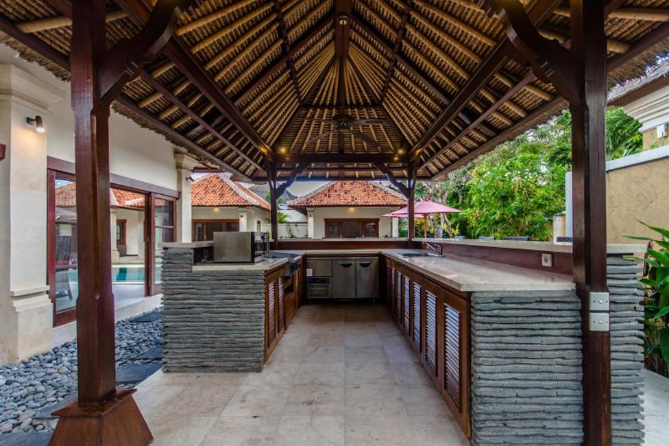 Villa Santi Seminyak Bali (9)