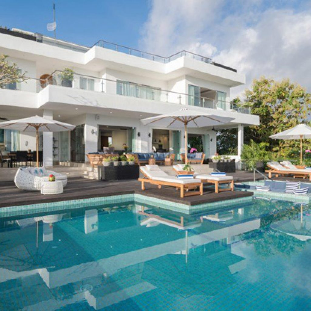 kalibali_gallery_33_view_of_villa_from_the_pool