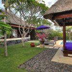 villa-indah-manis-bulan-madu-garden-bale
