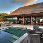 villa-indah-manis-bulan-madu-sunset-time-in-villa