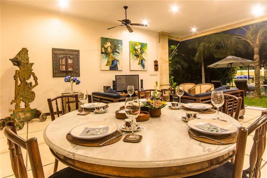 Villa Arjuna Seminyak Bali (12)