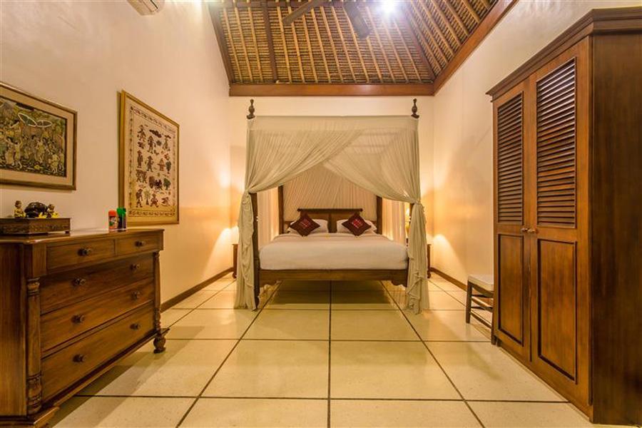 Villa Arjuna Seminyak Bali (16)