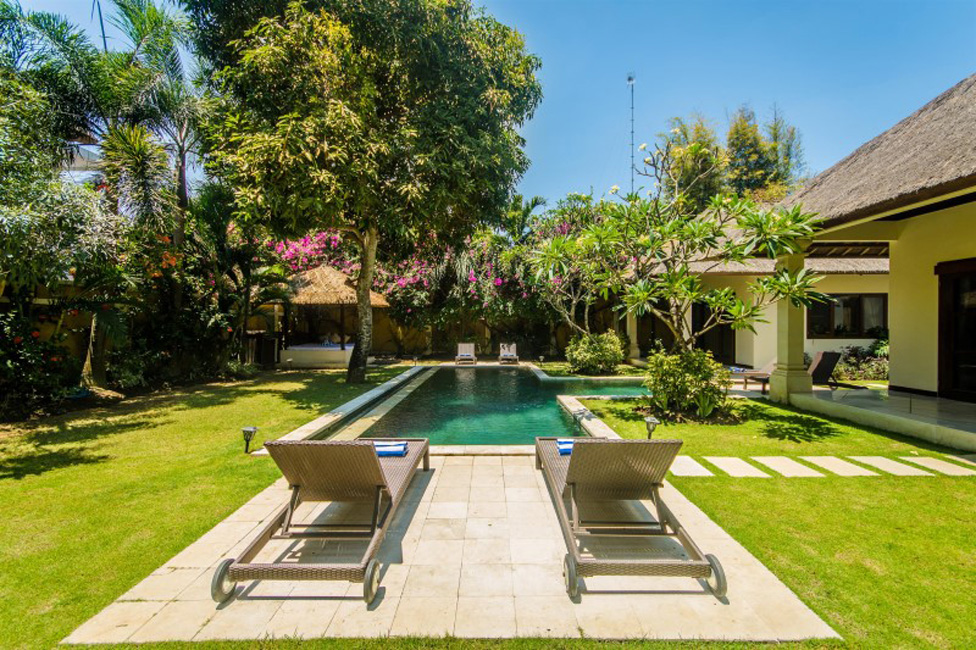 Villa Cemara Seminyak Bali (9)