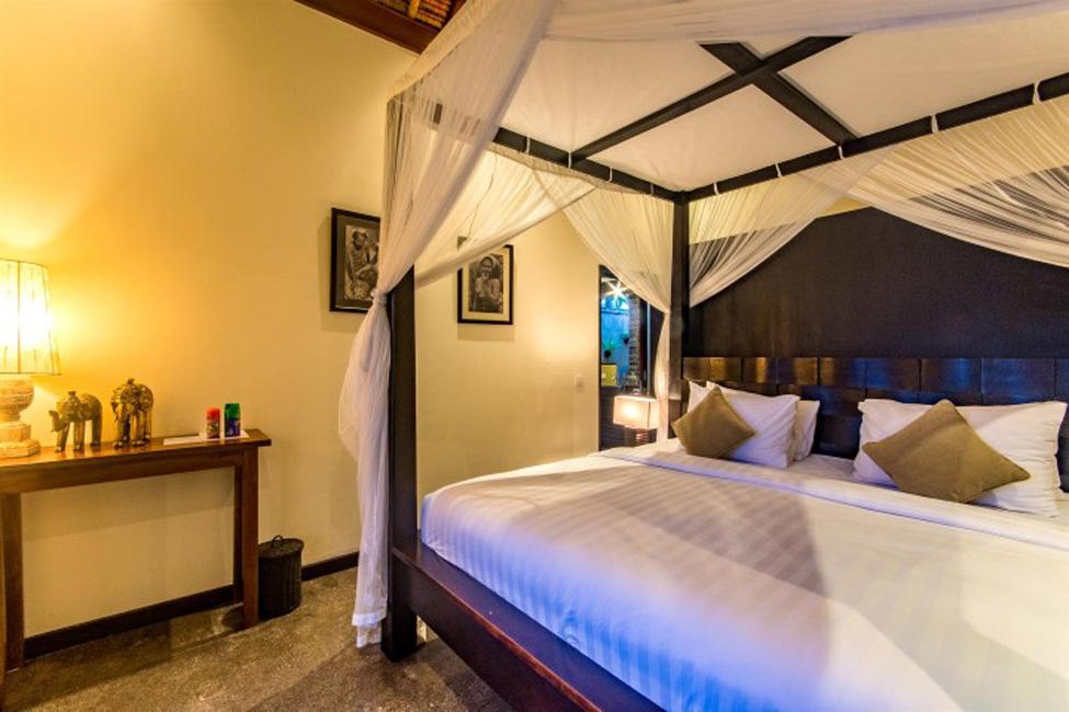 Villa Mahkota Seminyak Bali (12)