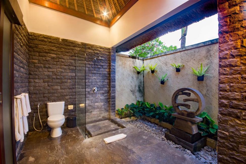 Villa Mahkota Seminyak Bali (13)