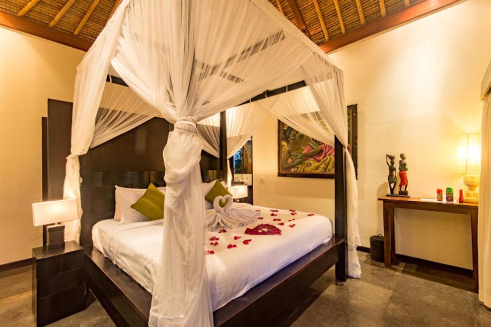 Villa Mahkota Seminyak Bali (19)