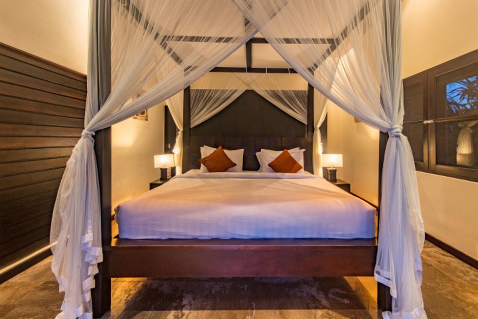 Villa Mahkota Seminyak Bali (31)