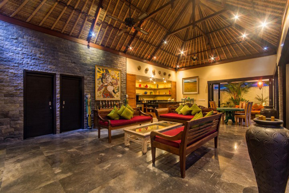 Villa Mahkota Seminyak Bali (35)