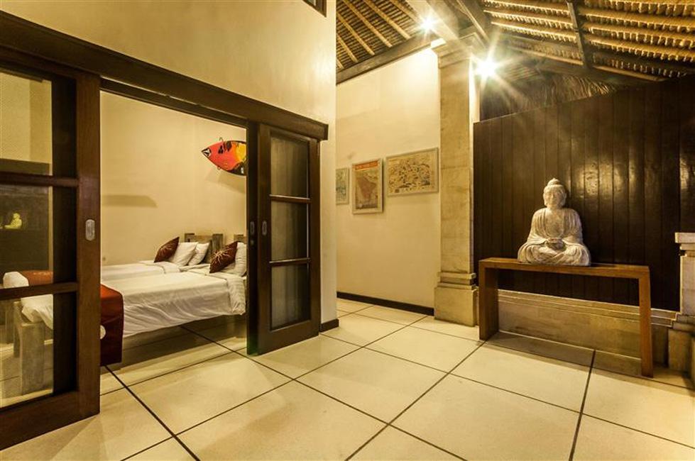 Villa Nakula Seminyak Bali (11)