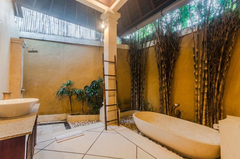 Villa Tresna Seminyak Bali (34)