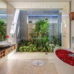 Villa-Aramanis-Manis-Master-bathroom