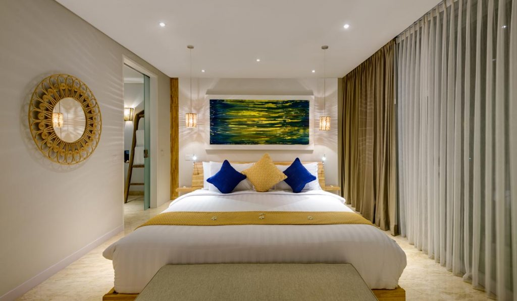 Villa-Aramanis-Manis-Master-bed