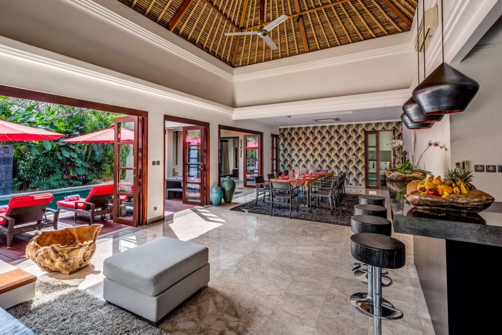 villa-nilaya-the-residence-seminyak-bar-kitchen