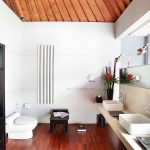 villa-valentine-bathroom-2