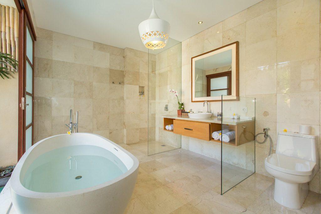 Bathroom 2 Br BBV (2)
