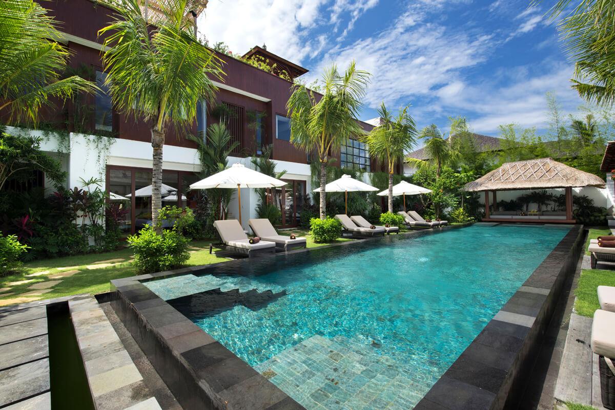 Luxury Villa Complex 10 – 29 Bedrooms Villas