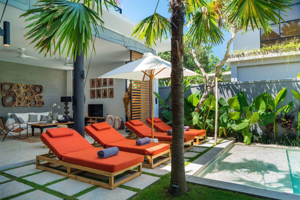 Villa Boa at Canggu Beachside Villas Lounging for a day in paradise