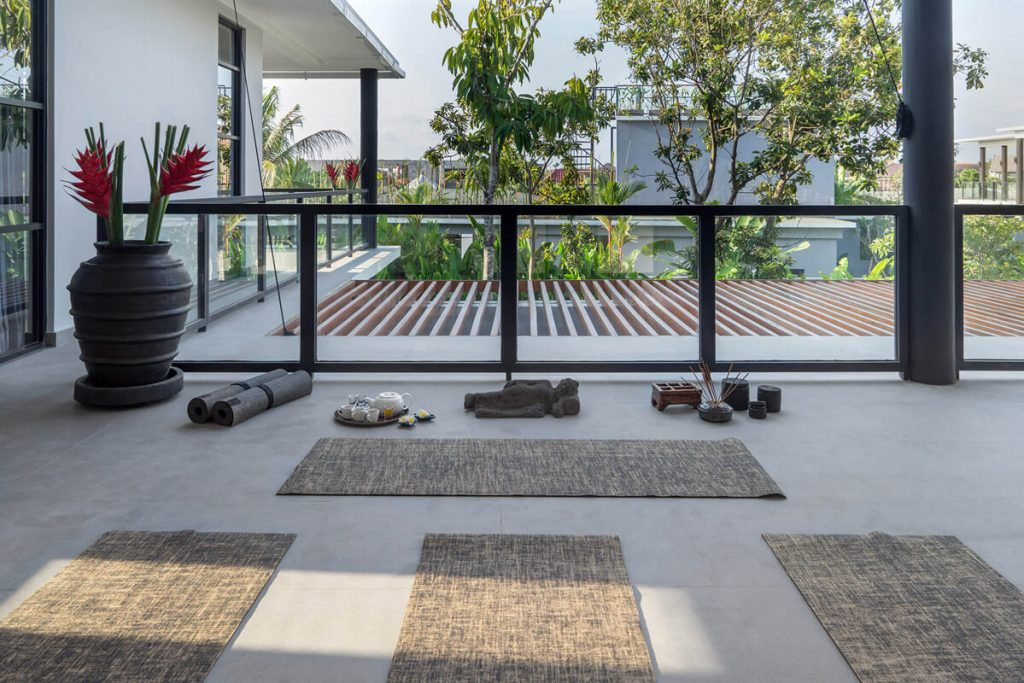 Villa Gu at Canggu Beachside Villas Yoga time