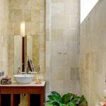 villa-menar--the-residence-seminyak-bathroom