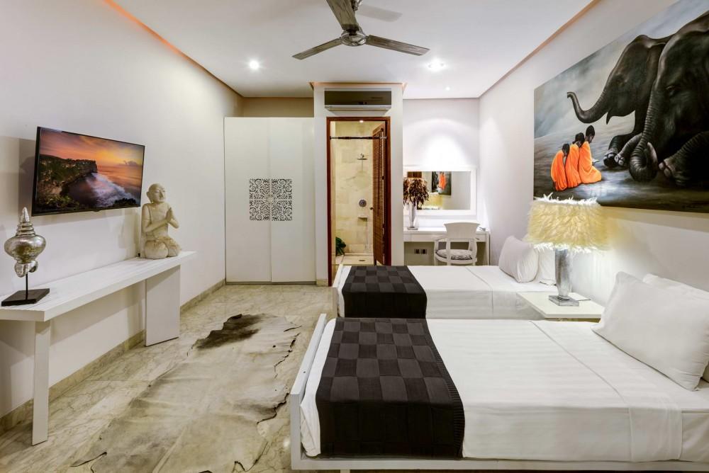 villa-menari-the-residence-seminyak-twin-bedroom