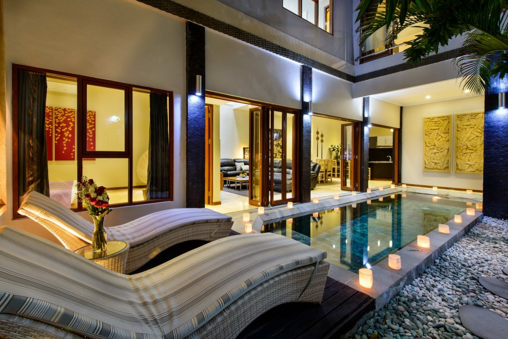 villa-michelina-bali-pool-villa-by-night