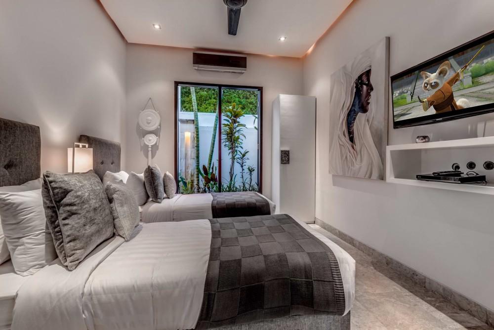 Villa-Jepun-The-Residence-Seminyak-Twin-Bed