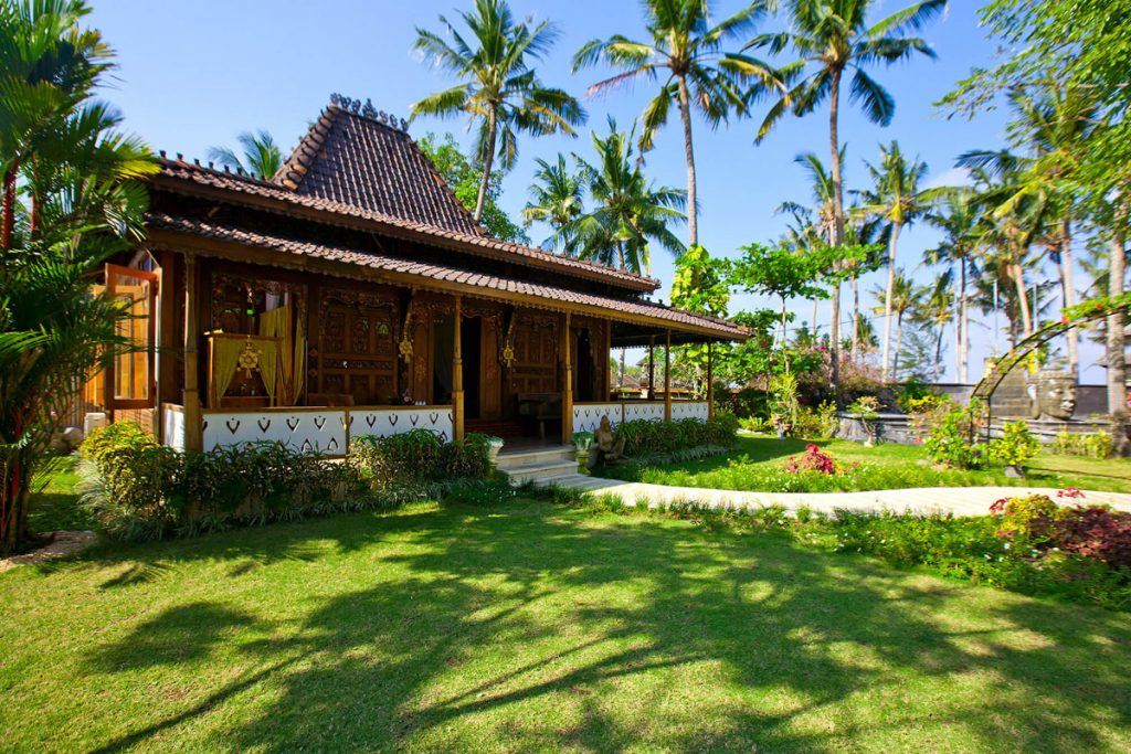 Villa Puri Nirwana Joglo house spa