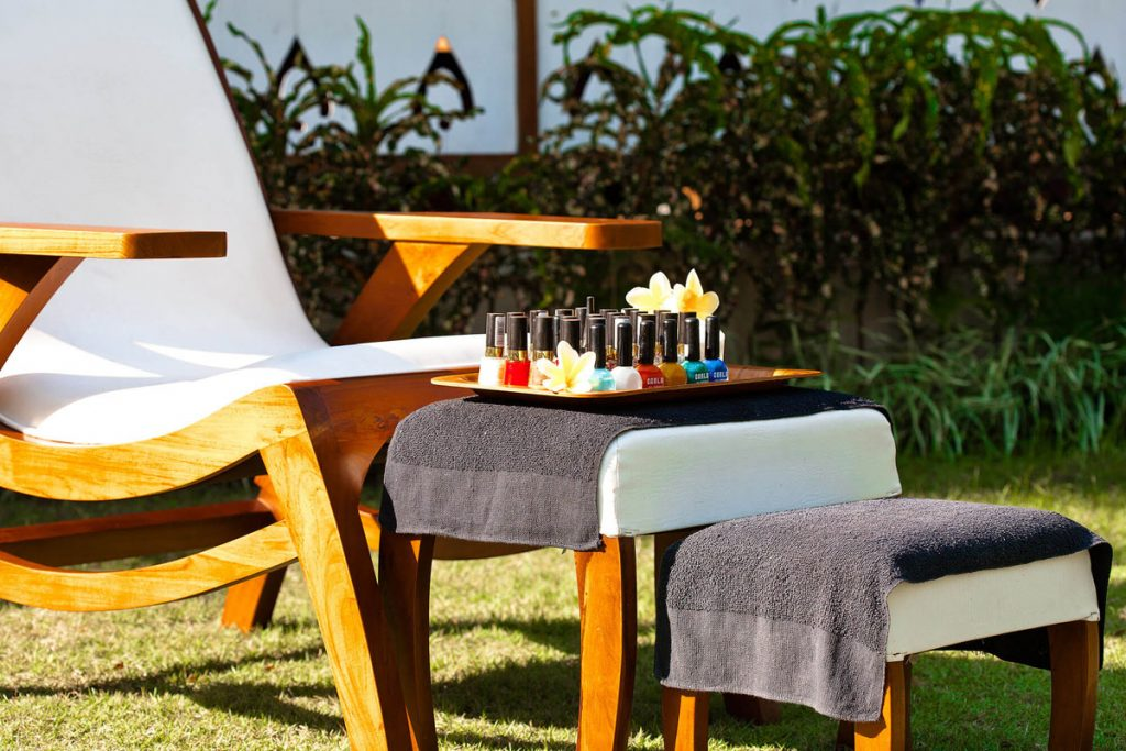 Villa Puri Nirwana Outdoor pedicure and manicure