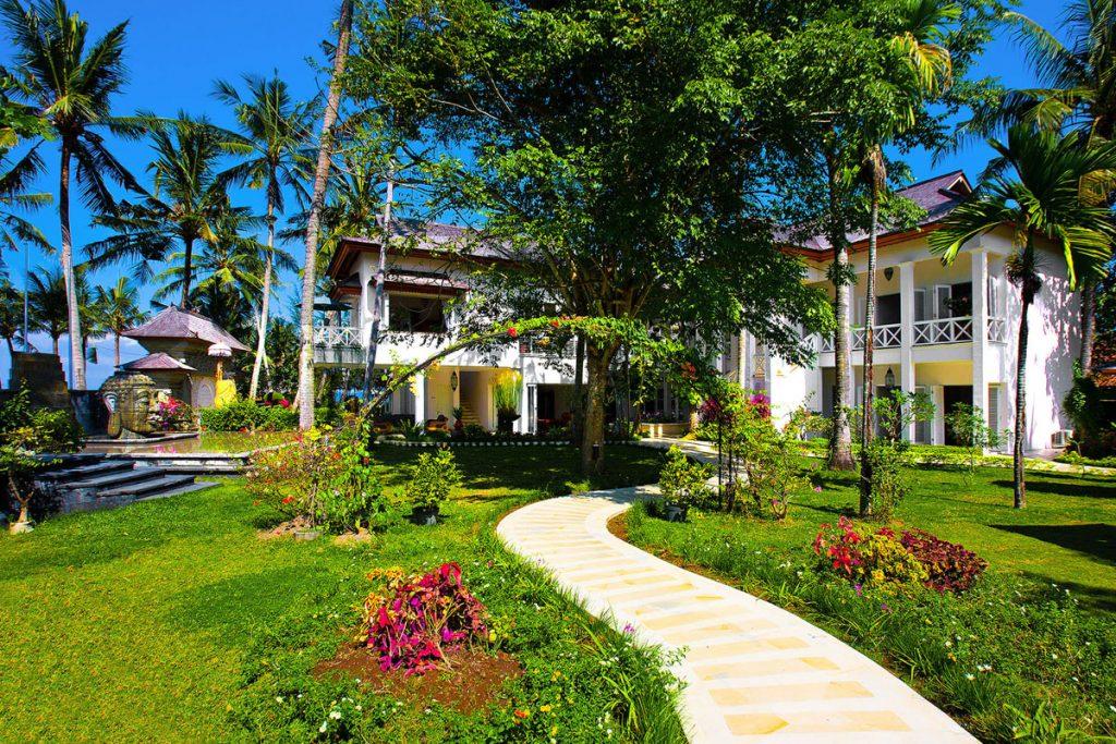 Villa Puri Nirwana Villa and garden