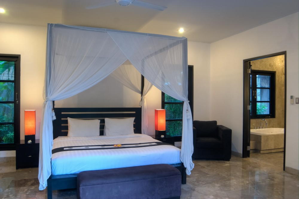 villa-senang-the-residence-seminyak-bedroom-3